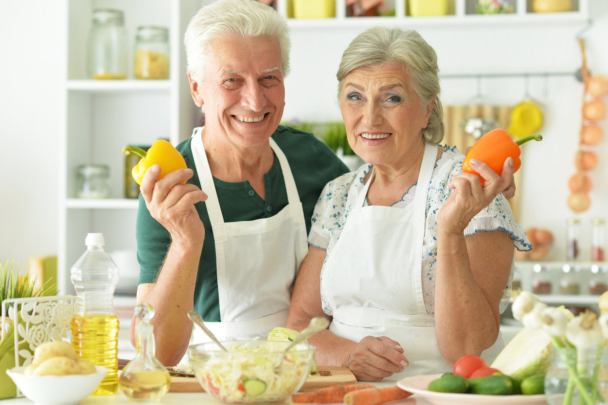 Yummy and Healthy Meals and Smoothie Ideas for Grandma and Grandpa